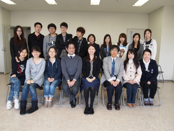 Japanese Language Program (JALP) for foreign students has special teachers for each class.